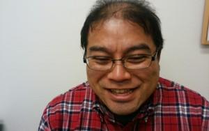薬用育毛剤オメガプロの保湿効果にご満悦のハゲ部部長(仮)